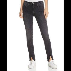 Frame Le Skinny De Jeanne Slit Hem Jeans in Drover